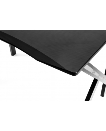 AKRACING Summit Gaming Desk AK-SUMMIT-WT, game table (black / white, incl. XL mouse pad)