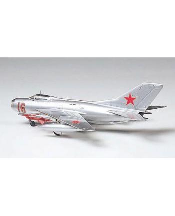 TAMIYA MiG19 FarmerE