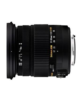 Sigma AF 17-50mm F2.8 EX DC OS HSM mocowanie: Nikon, 17 elementów w 13 grupach, kąt widzenia: 72.4-27.9 stopni, 7 listków przysłony, średnica filtra 77mm, minimalny dystans ostrzenia: 28cm. [583955]