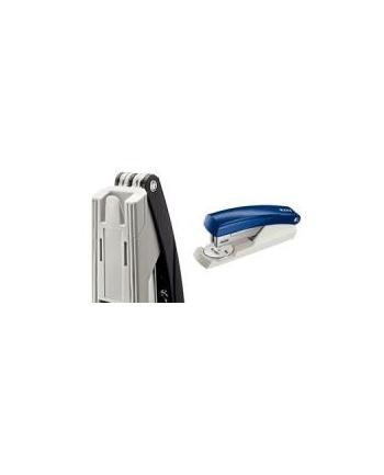 Zszywacz biurowy mały 5501 Leitz niebieski