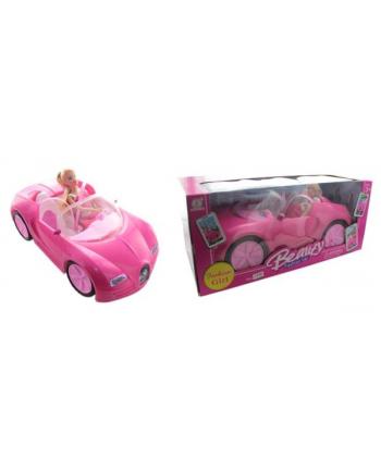 Lalka w samochodzie w pud.
