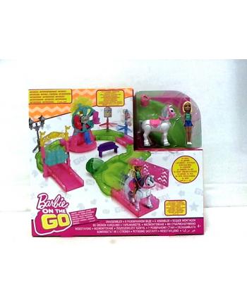 Barbie ON THE GO Wesołe miasteczko + lalka FHV70 p3 MATTEL